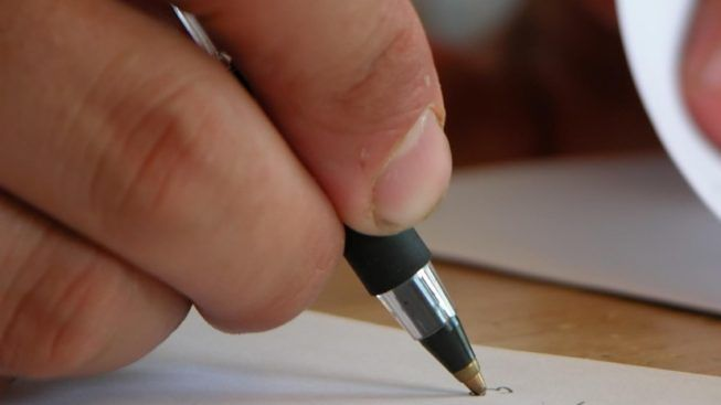 writing-a-letter-653x367